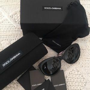 Black Dolce& Gabbana sunglasses , Style 4236, 2840